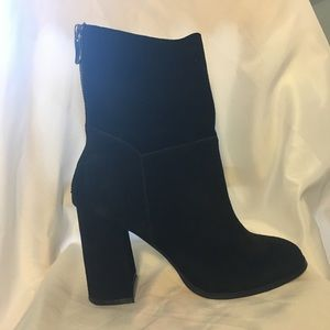 Chinese Laundry Classic Heeled Black Suede Booties